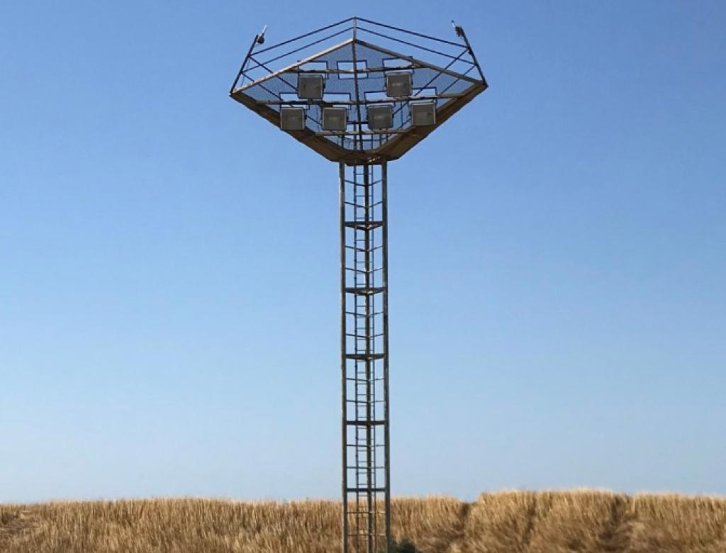 BASE AÉRIENNE 125 d'ISTRES - Campagne de mesures ultrasons pour détermination des épaisseurs de corrosion de 5 pylônes métalliques de 15m