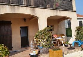 Suppression d'un poteau d'une maison à Marseille (13)